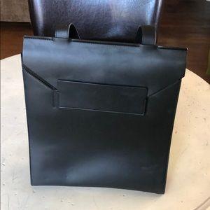 Everlane E1 Leather Envelope Tote